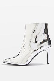 https://m.topshop.com/en/tsuk/product/mimosa-metallic-ankle-boots-6311940
