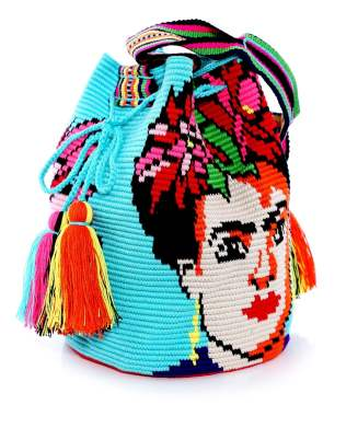https://www.julesb.co.uk/lume-swimwear-frida-cuban-lady-shoulder-bag-p813608#attribute%5B2%5D=11422