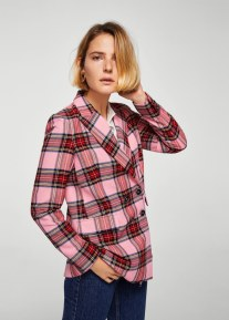 https://shop.mango.com/gb/women/jackets-blazers/check-structured-blazer_21045020.html?c=85&n=1&s=prendas.familia;4,304.chaquetas4,304;Americanas