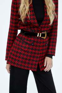 https://www.zara.com/uk/en/long-houndstooth-blazer-p07973715.html?v1=7436459&v2=1074648