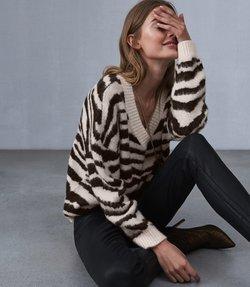 https://www.reiss.com/p/jacquard-knit-jumper-womens-zana-in-monochrome-white-cream/?category_id=1123&gaEeList=W%20-%20Knitwear