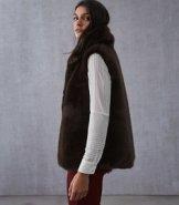https://www.reiss.com/p/faux-fur-gilet-womens-fay-in-chocolate-brown/?category_id=1124&gaEeList=W%20-%20Coats%20%26%20Jackets