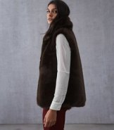 https://www.reiss.com/p/faux-fur-gilet-womens-fay-in-chocolate-brown/?category_id=1124&gaEeList=W%20-%20Coats%20%26%20Jackets
