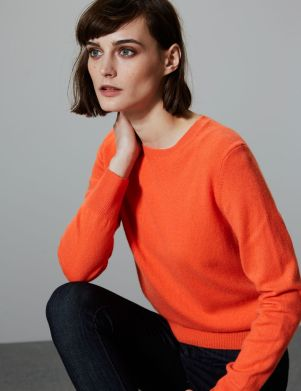 https://www.marksandspencer.com/pure-cashmere-crew-neck-jumper/p/p22491941?image=SD_01_T38_3390_BR_X_EC_90&color=MANGO&prevPage=plp