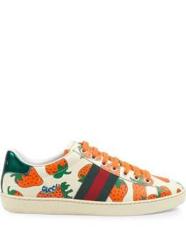 https://www.farfetch.com/uk/shopping/women/gucci-ace-leather-sneaker-with-gucci-strawberry-print-item-13827351.aspx?storeid=10524&size=23&utm_source=billiger.de&utm_medium=affiliate&utm_campaign=google&utm_term=UK&pid=billiger.de&af_channel=affiliate&is_retargeting=true