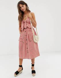 https://www.asos.com/moon-river/moon-river-gingham-midi-skirt-with-button-down-front-and-oversized-pockets/prd/11790916?clr=red-gingham&SearchQuery=&cid=2623&gridcolumn=3&gridrow=24&gridsize=3&pge=1&pgesize=72&totalstyles=819