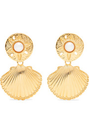 https://www.net-a-porter.com/gb/en/product/1136730/kenneth_jay_lane/gold-tone-faux-pearl-clip-earrings