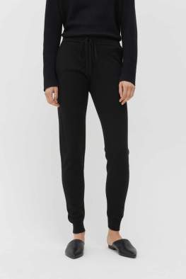 https://www.chintiandparker.com/collections/cashmere-essentials/products/black-cashmere-track-pants